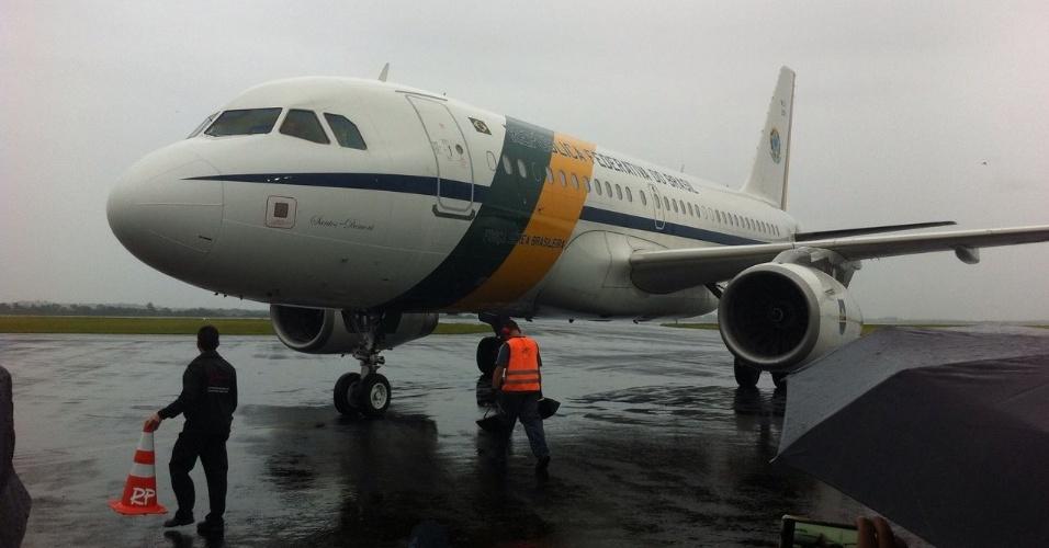 Avião do presidente da república chega a Chapecó