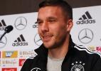 """Podolski se emociona antes de adeus à seleção alemã: """"13 anos positivos"""" - Wolfgang Rattay/Reuters"""