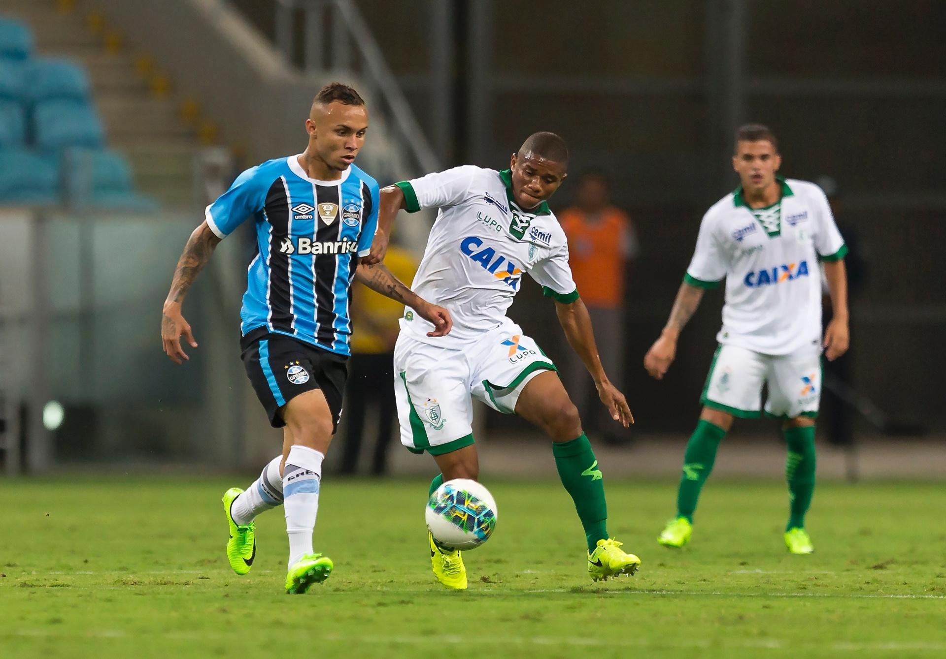 Everton comemora gol em  boa chance  e vê Grêmio forte em 2017 - Esporte -  BOL 30cb003a212cb