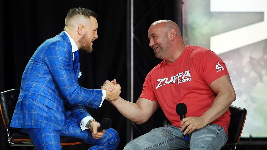 Dana White e Conor McGregor durante tour mundial de superluta de boxe - Vaughn Ridley/Getty Images/AFP