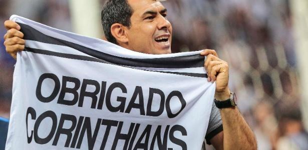Hoje técnico campeão, Carille treinava defensores do Corinthians como auxiliar