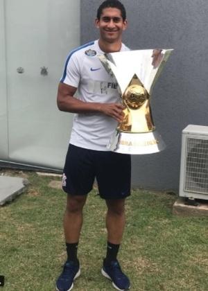 Pablo levantou a taça de campeão pela primeira vez