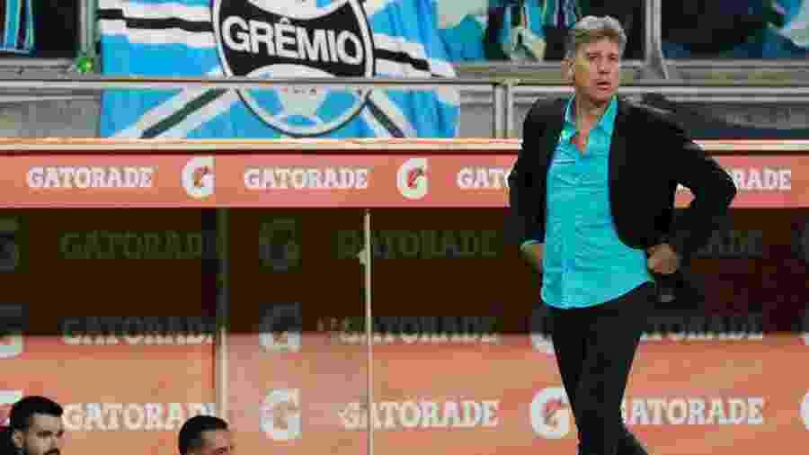 Renato Gaúcho, durante partida entre Grêmio e Libertad - REUTERS/Diego Vara