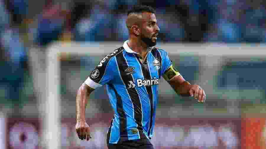 Maicon, meio-campista do Grêmio, não atuará em razão de um problema na panturrilha direita - Divulgação/Site oficial do Grêmio
