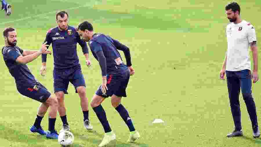 Thiago Motta comandou o primeiro treino no Genoa hoje (23) na Itália - Divulgação/Genoa CFC