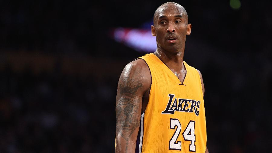Kobe Bryant, durante jogo do Los Angeles Lakers em 2015 -  Robyn BECK / AFP