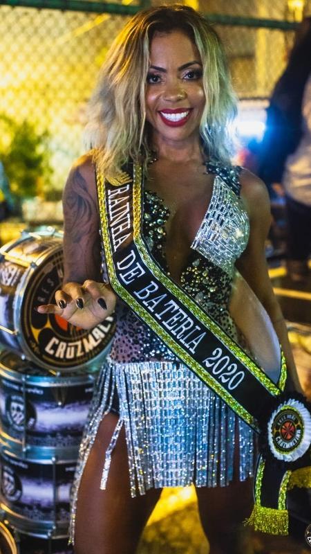 Rainha de bateria da escola de samba União Cruzmaltina - Close Produtora / União Cruzmaltina