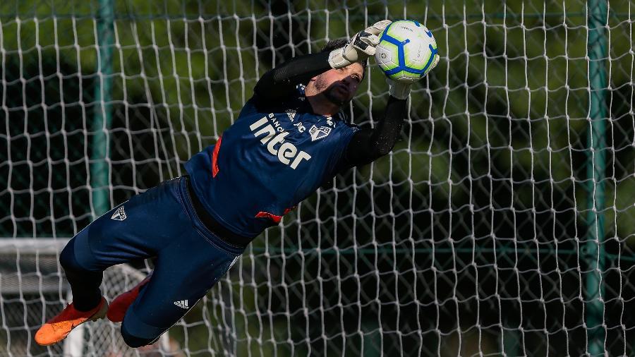 Tiago Volpi durante treino do Sao Paulo - Marcello Zambrana/AGIF