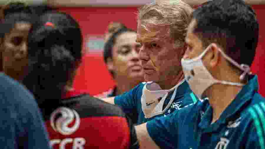 Bernardinho, técnico do Flamengo - Paula Reis/CRF