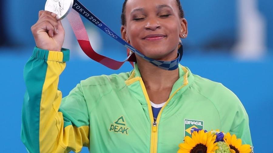 Rebeca Andrade conquista a medalha de prata na ginástica artística nas Olimpíadas de Tóquio - Ricardo Bufolin/CBG