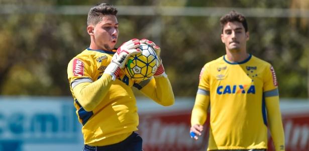 Lucas França é o substituto de Fábio no gol do Cruzeiro - Pedro Vilela/Light Press/Cruzeiro