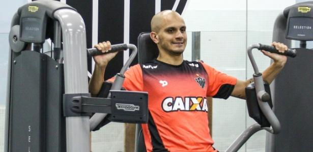 Há dois anos, lateral estava no Corinthians e presenciou virada histórica do Galo