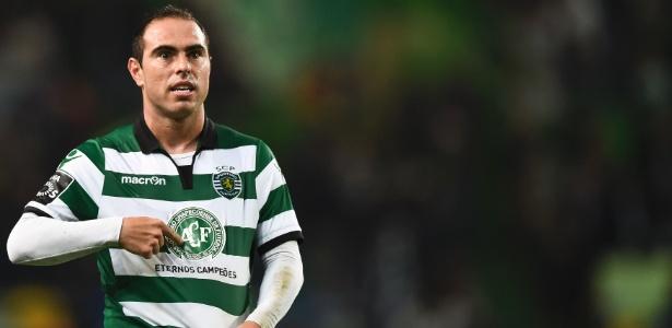 Bruno César acertou com o Vasco e é especialista em bolas paradas - PATRICIA DE MELO MOREIRA/AFP