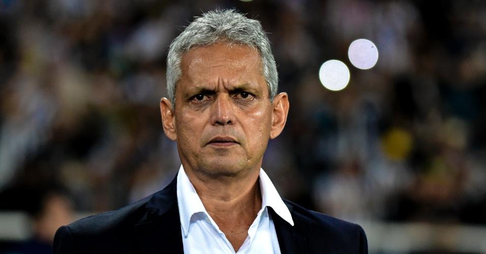 O técnico Reinaldo Rueda em jogo entre Botafogo e Flamengo