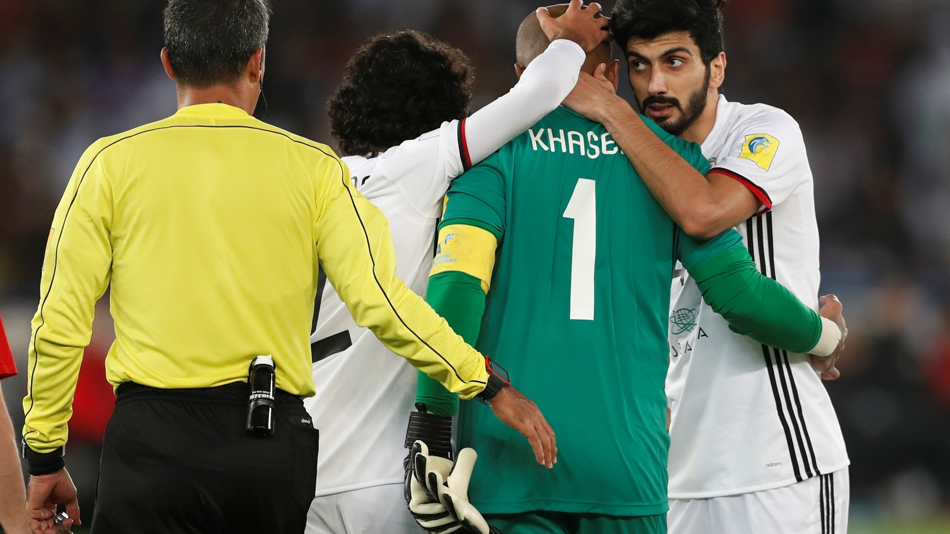 Goleiro Ali Khaseif Housani deixa semifinal lesionado