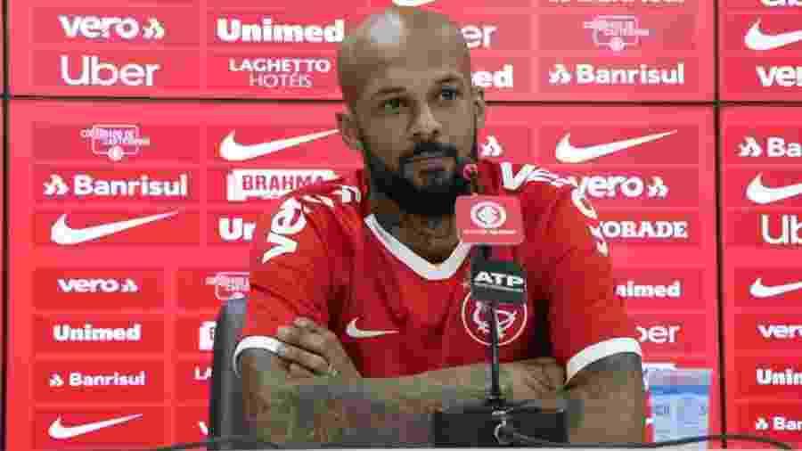 Bruno Silva concede entrevista no Internacional - Ricardo Duarte/SC Internacional
