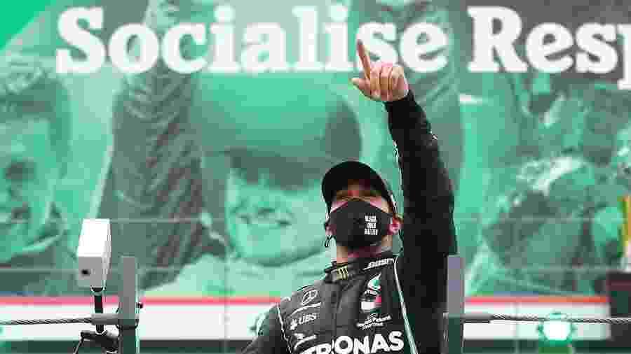 Lewis Hamilton comemora 92ª vitória na Fórmula 1 no GP de Portugal - Pool/Getty Images