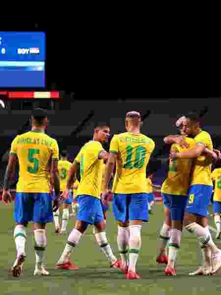 Jogadores da seleção brasileira comemoram gol de Matheus Cunha contra o Egito pelas Olimpíadas - Buda Mendes/Getty Images - Buda Mendes/Getty Images