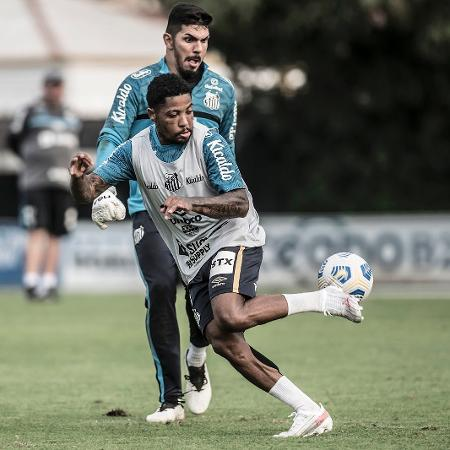 Marinho em ação em treino do Santos - Ivan Storti/Santos FC