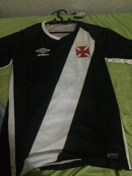 05d6a37e17f5d Suposta nova camisa do Vasco vaza na internet. Lançamento é neste ...