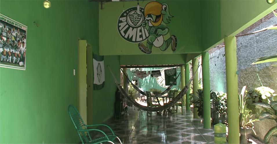 Não, esta casa não fica em São Paulo. Cada canto da residência do palmeirense Francisco Maciel, de Maracanaú-CE, tem uma referência ao time do coração