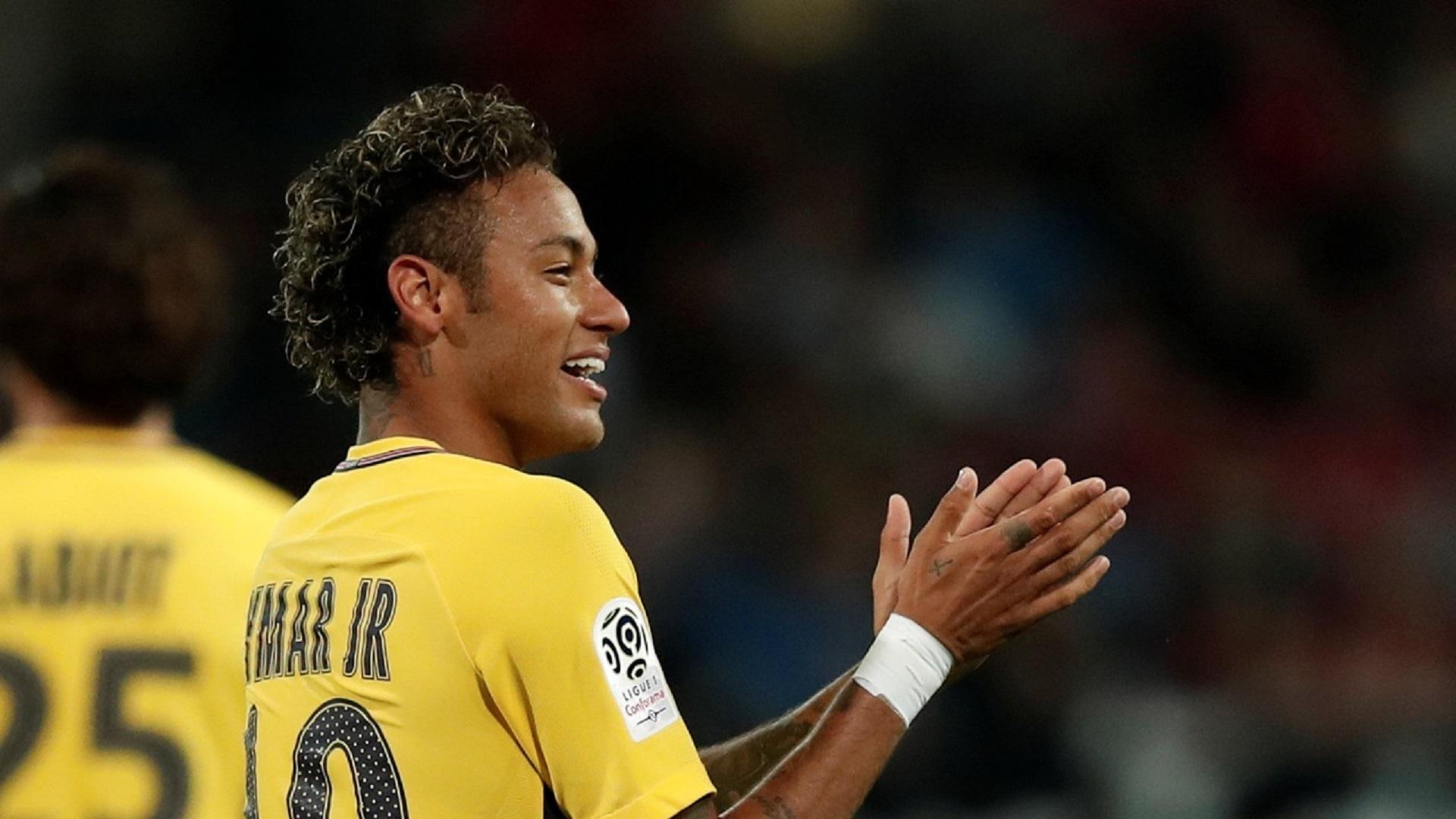 Neymar durante sua estreia pelo PSG, contra o Guingamp