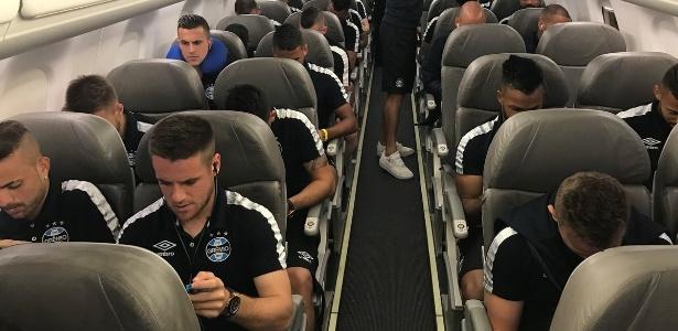 Grêmio terá que dividir elenco em mais de um voo para chegar a Dubai