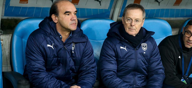 Ricardo Gomes (esq) deixou o posto de gerente do clube nesta terça-feira - Jean Catuffe/Getty Images