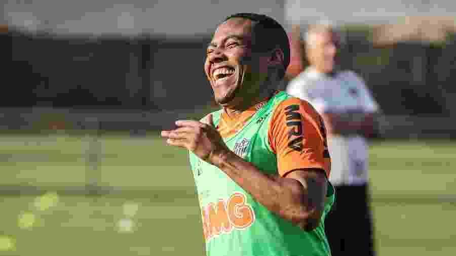 Elias, volante do Atlético-MG, desfalca a equipe diante do Cruzeiro - Bruno Cantini/Divulgação/Atlético-MG