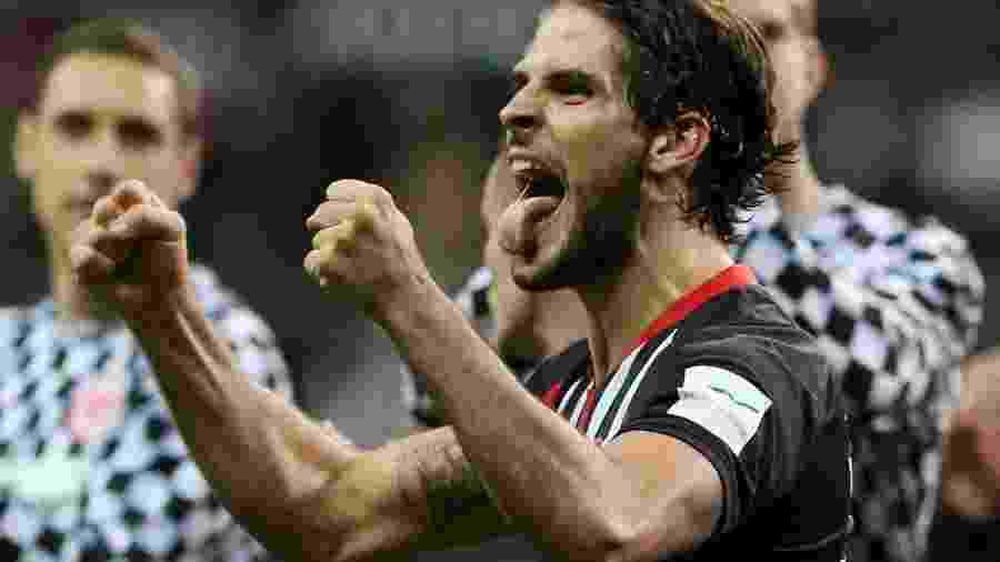 Gonçalo Paciencia comemora vitória do Eintracht Frankfurt - Ralph Orlowski/Reuters