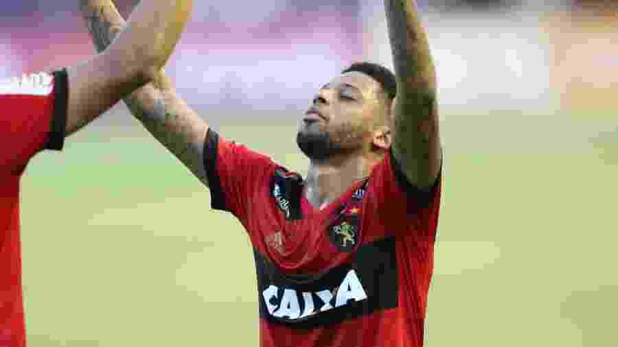 André comemora gol contra o Corinthians durante passagem pelo Sport - Aldo Carneiro/Futura Press/Estadão Conteúdo