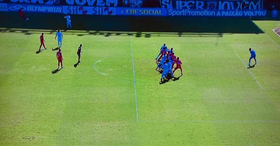 Gol de Rodrigo Dourado pelo Inter foi o centro da controvérsia com o VAR em São Januário, pelo Brasileirão 2020