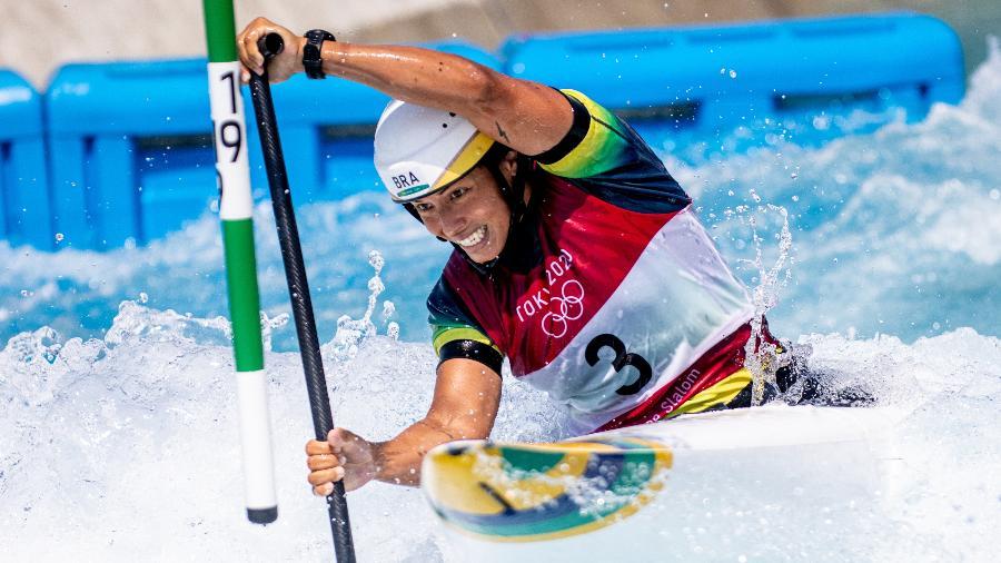 28.07.2021 - Jogos Olímpicos Tóquio 2020 - Tóquio - Kasai Canoe Slalom Park - Na foto Ana Satilá do Time Brasil durante as eliminatórias da categoria C1 da canoagem slalom. Foto: Míriam Jeske/COB - Miriam Jeske/COB