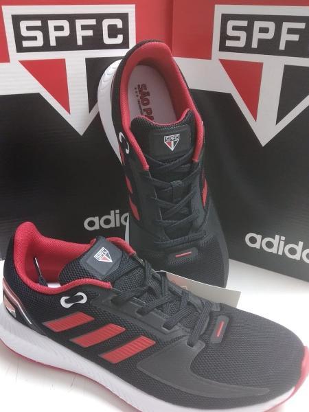 Tênis da Adidas foi vetado pelo São Paulo mas apareceu à venda em lojas físicas - UOL Esporte