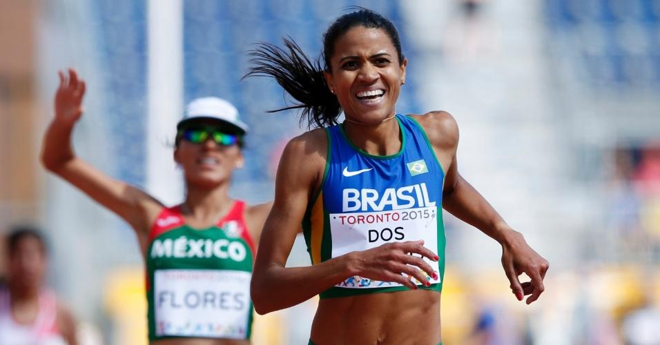 Juliana dos Santos vence a prova dos 5.000m feminino