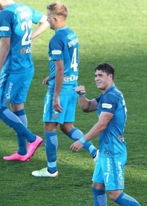 Giuliano brilhou em vitória do Zenit