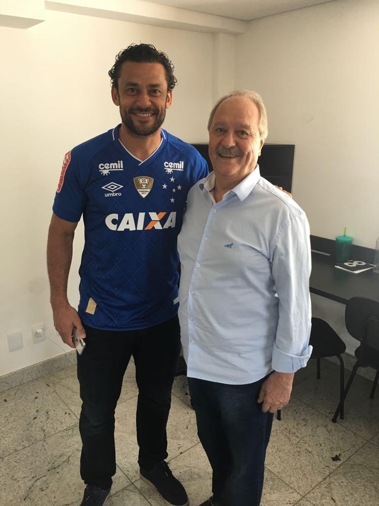 Namoro antigo e multa de R  10 mi. Como Fred trocou Atlético por Cruzeiro -  Esporte - BOL 299a2ea2ee00b