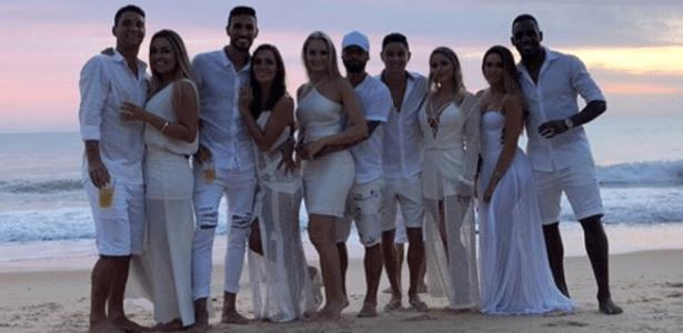 Thiago Neves, Rafa Marques, Rafa Sóbis e Digão curtem réveillon em Trancoso - Reprodução Instagram