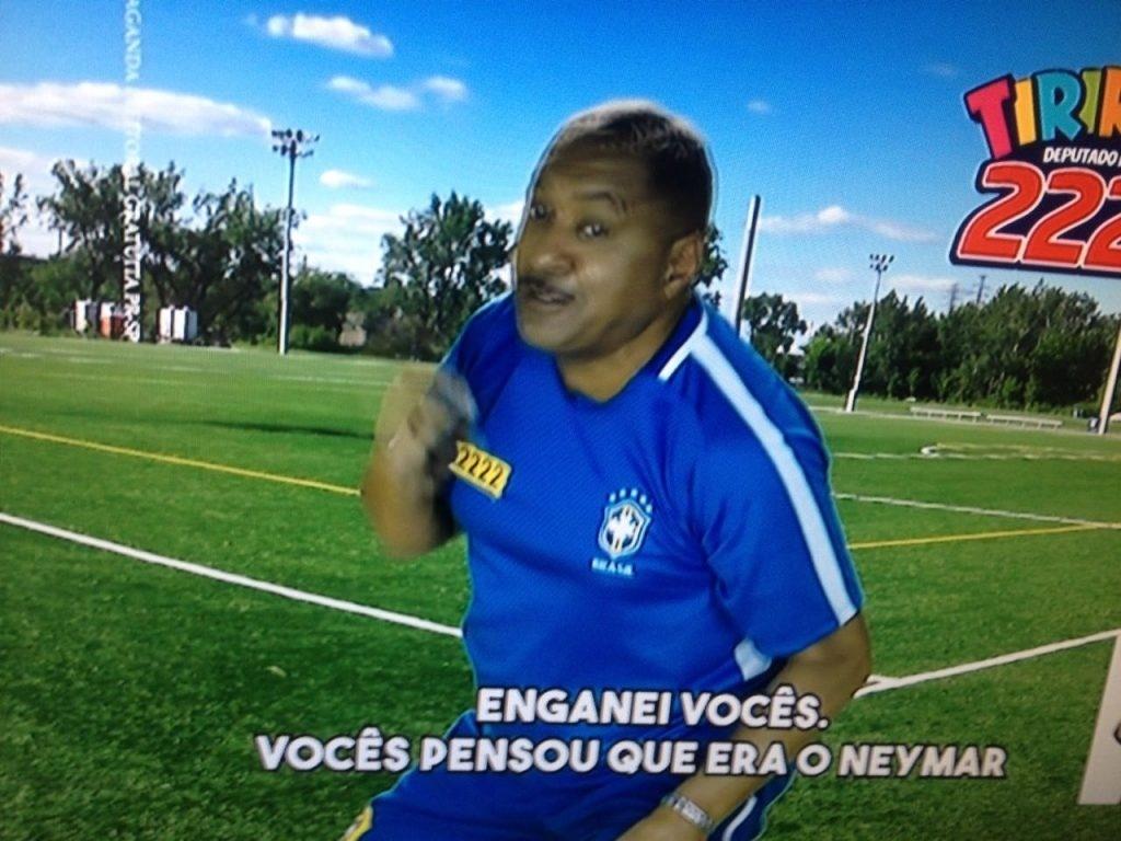 Tiririca ironiza Neymar em campanha eleitoral para deputado federal 0e19ca37bf730