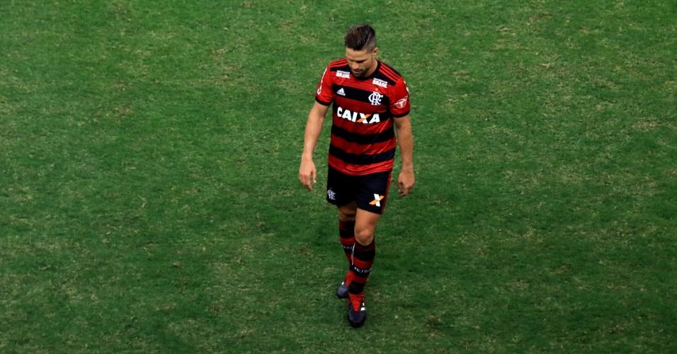 Diego foi expulso no segundo tempo do clássico entre Flamengo e Vasco