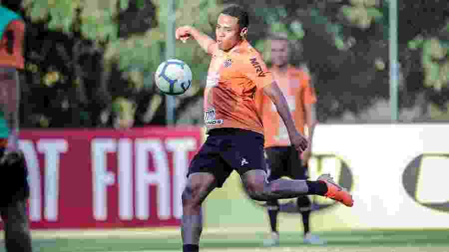 Elias deseja permanecer no Atlético-MG ao fim do contrato, em 20 de janeiro de 2020 - Bruno Cantini/Divulgação/Atlético-MG