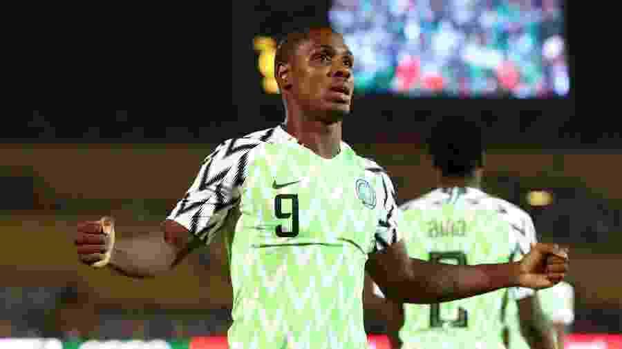 Ighalo comemora gol pela seleção da Nigéria; ele acertou com o Manchester United por empréstimo - REUTERS/Sumaya Hisham