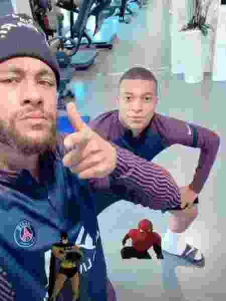 Neymar posta foto com Mbappé como Batman e Homem-aranha - Reprodução/Instagram - Reprodução/Instagram