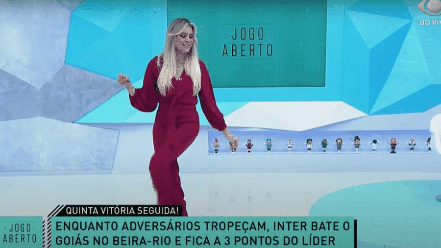 """Renata Fan dançando o """"Passinho do Saci"""" - Reprodução/Band"""