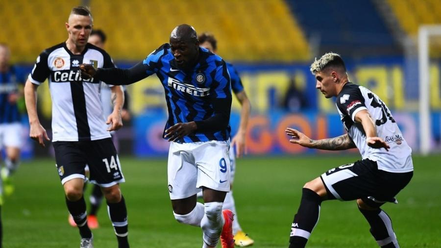 Inter de Milão e Parma se enfrentam pelo Campeonato Italiano - Alessandro Sabattini/Getty Images