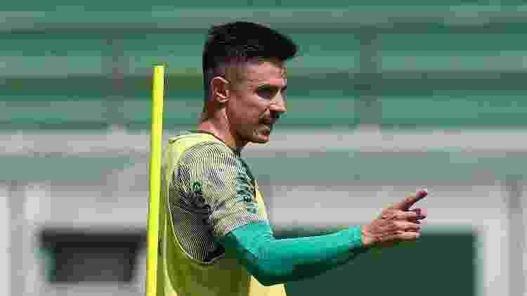Willian Bigode ainda é alvo do Fluminense no mercado da bola - Cesar Greco - Cesar Greco