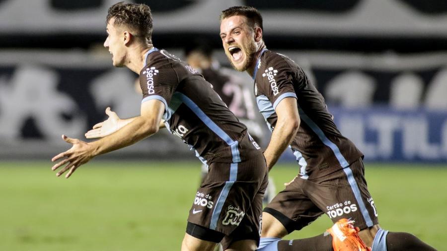 Lucas Piton comemora gol do Corinthians contra o Santos, pelo Campeonato Paulista - Rodrigo Coca/Agência Corinthians