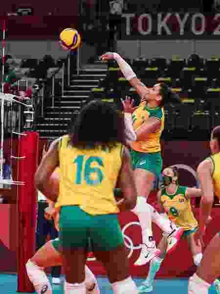 Tandara durante duelo do Brasil contra a Coreia do Slul, no vôlei feminino, nos Jogos Olímpicos de Tóquio - Wander Roberto/COB - Wander Roberto/COB