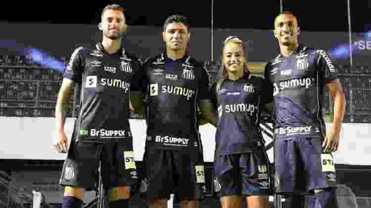 Léo Baptistão, Renato, Thaisinha e Lucas Braga promoveram encontro com sócios-torcedores - Reprodução/SantosFC - Reprodução/SantosFC