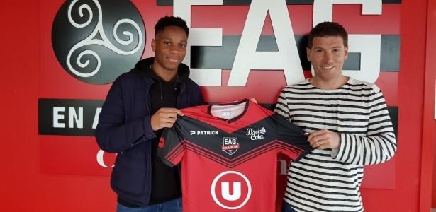 Isaac Drogba, de 17 anos, atuará na equipe sub-19 do Guingamp - EA Guingamp/Divulgação